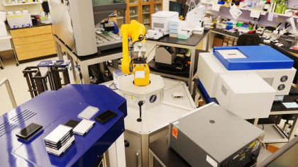 Image of Lab with instruments